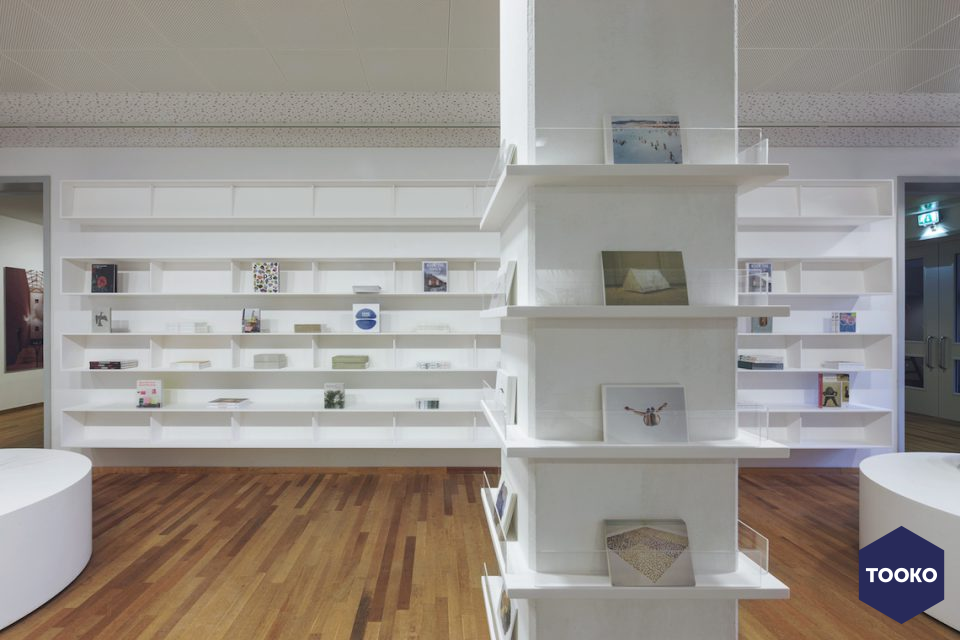 Maurice Mentjens / Interior Design - Museumshop Bonnefantenmuseum Maastricht