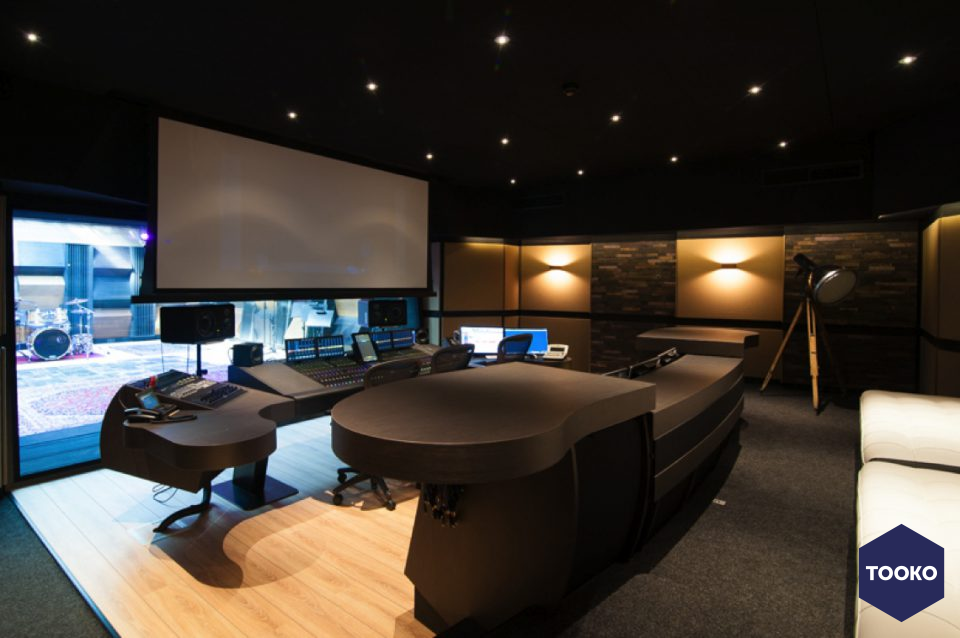 STUDIO DE BLIECK interior design - I've got the music in me,  Amsterdamse muziekstudio op hoog niveau