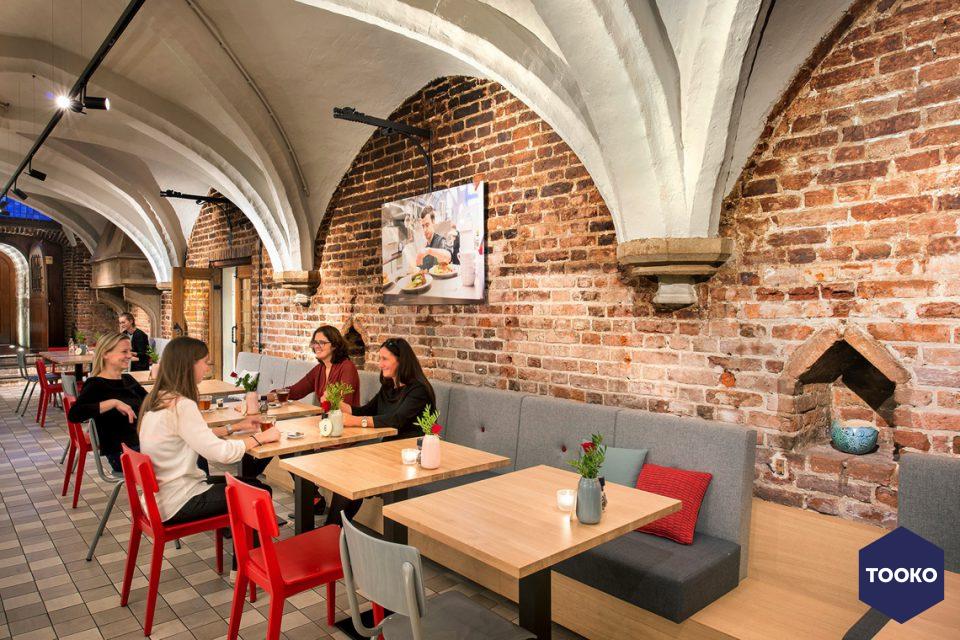 De Twee Snoeken architectuur - Lunchcafe Raadskelder