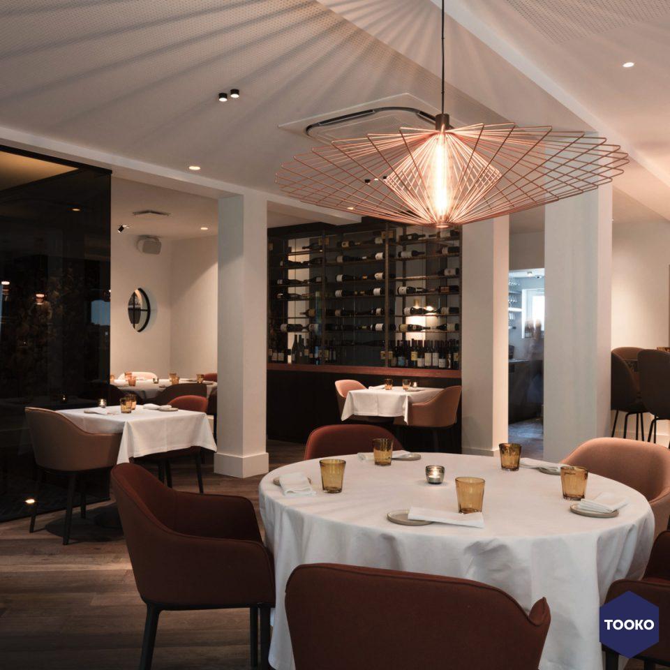 https://www.tooko.archi/wp-content/uploads/2018/05/devos-interieur-restaurant-brabohoeve-schilde02-960x960-960x960.jpg