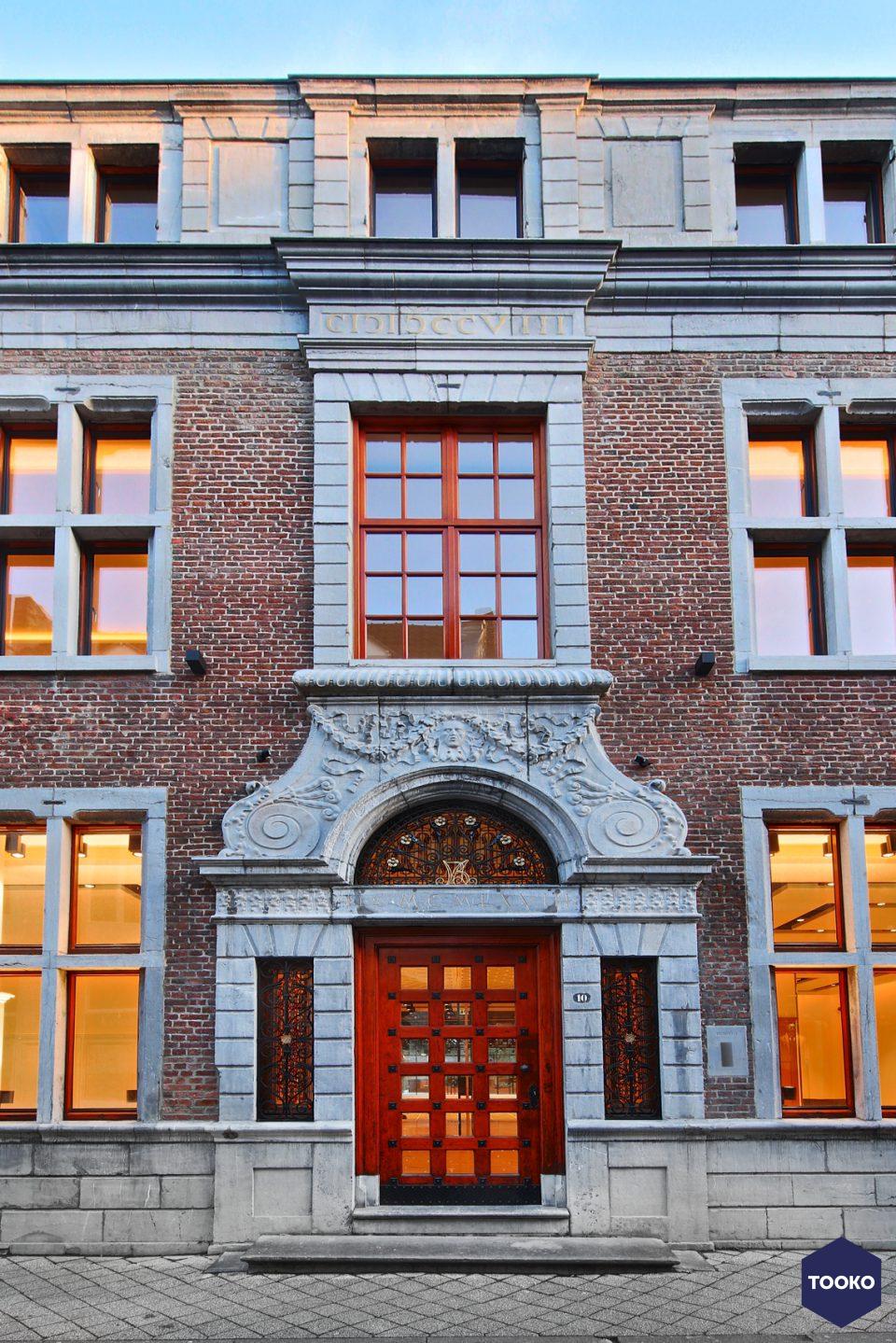 Bloemen Parket - Project Maastricht winkelruimte met appartementen