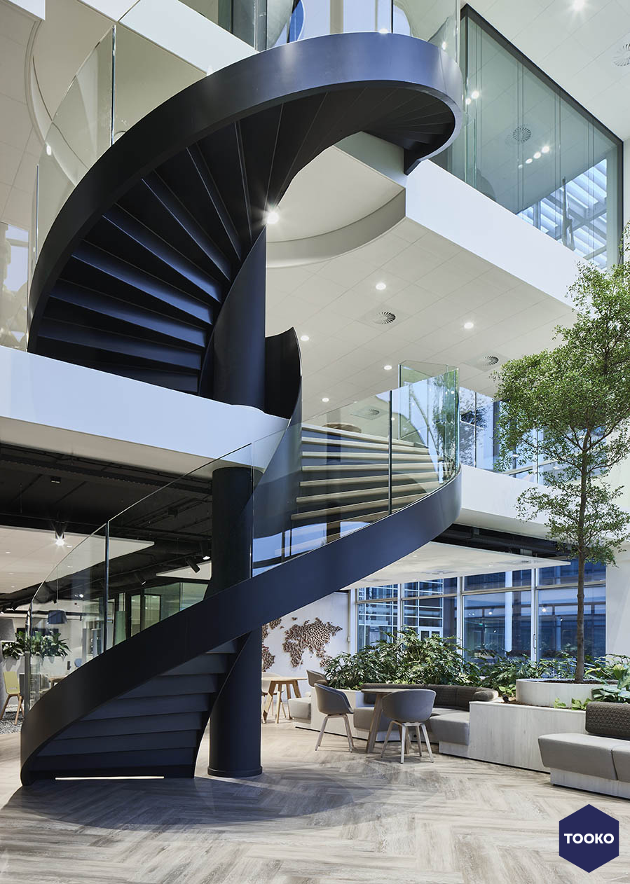 M+R interieurarchitecten - Innovatieve groene werkomgeving voor BDO