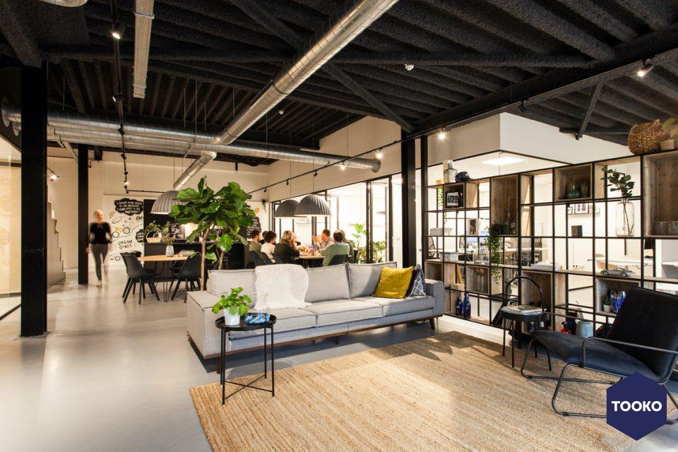 Bob Romijnders Architectuur + Interieur - Interieurontwerp modern bedrijfspand te Nijmegen