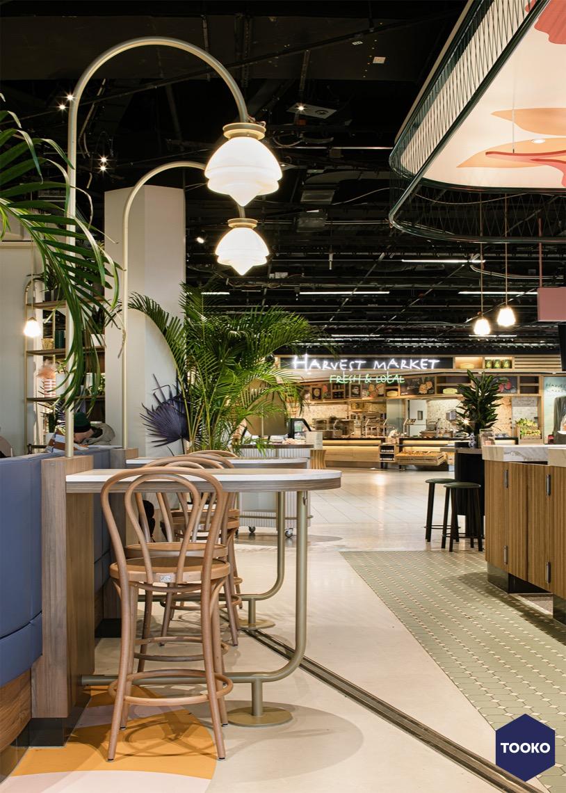 HEKKER  Interieurbouw - Interieurbouw Café Flor op Schiphol Airport