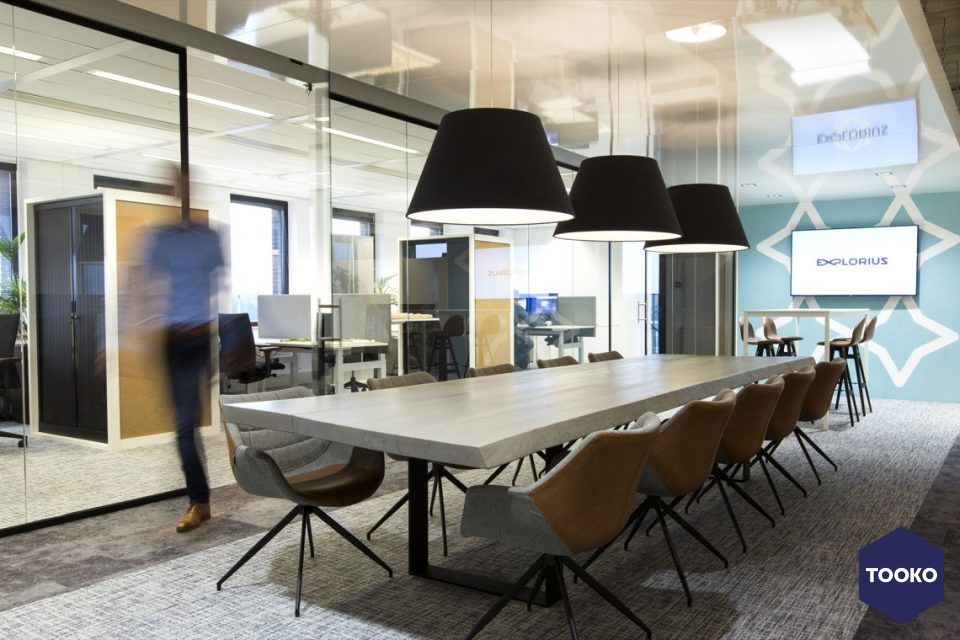 Dekker Interieur - Kantoorinrichting praktisch en modern