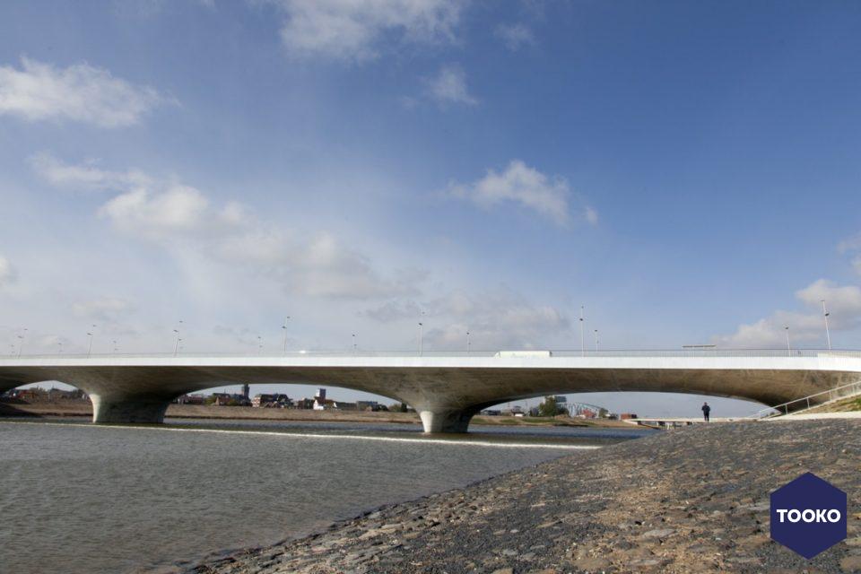 ZJA - Verlengde Waalbrug